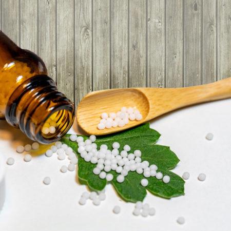 Iridologie, homéopathie, naturopathie et troubles métaboliques